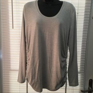 GAP sweater with side ties to ruche
